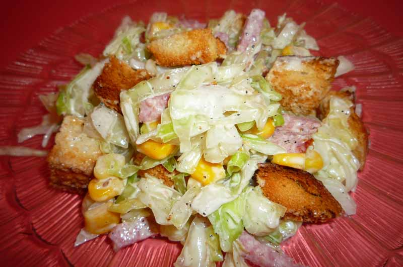 салаты с вареной колбасой рецепты с фото простые и вкусные