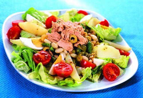 салат из тунца классический