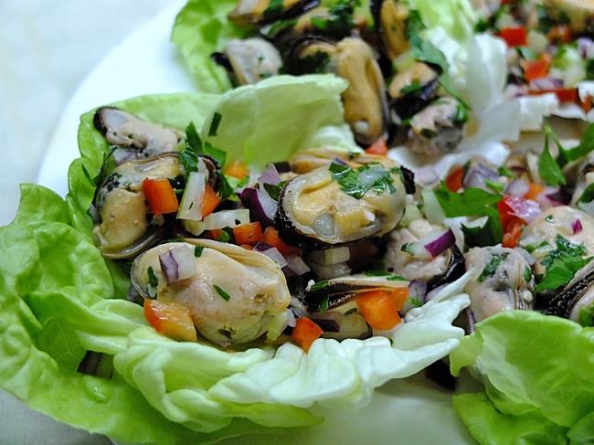 салат из замороженных мидий