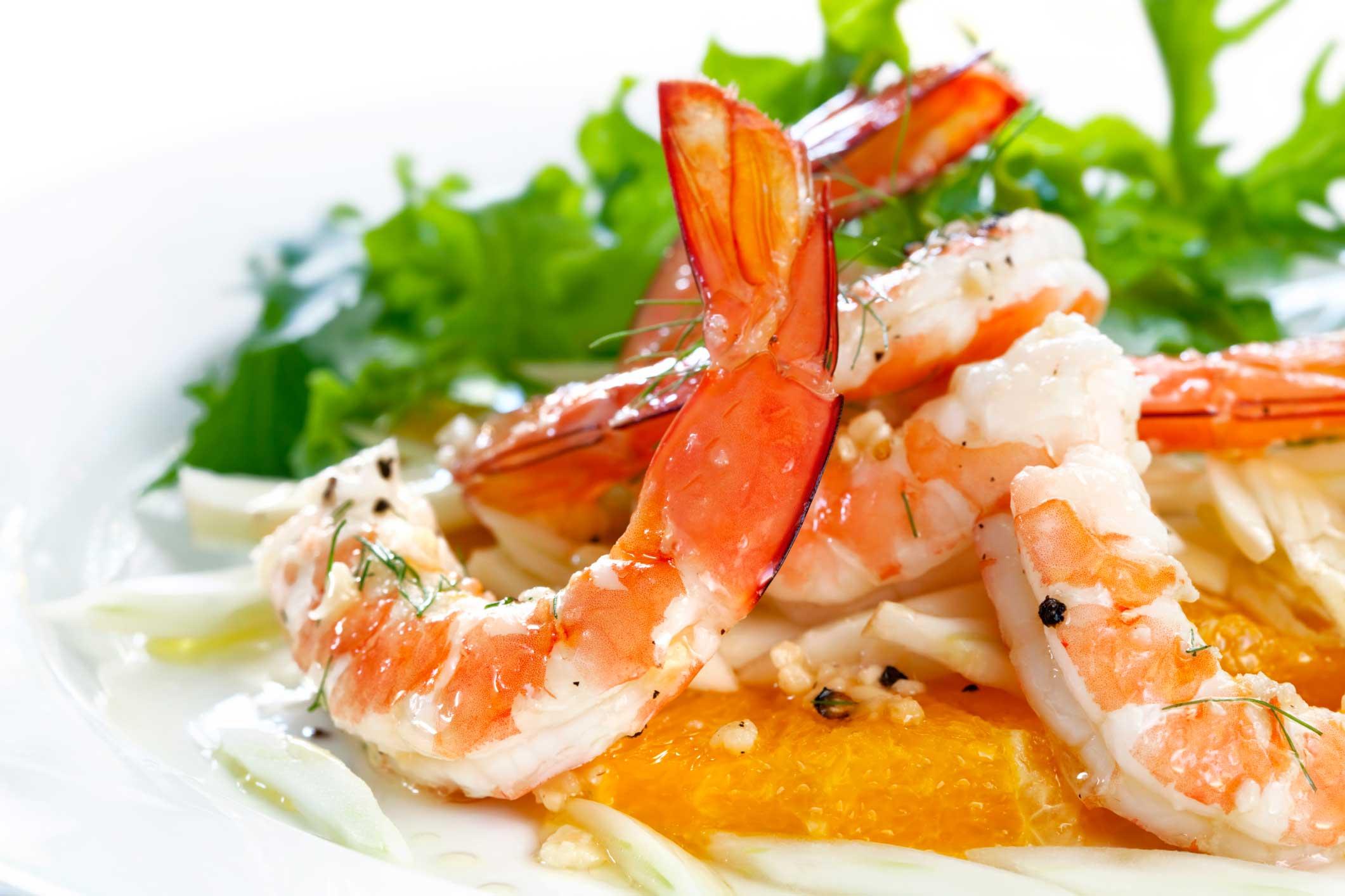 Самый простой салат с креветками