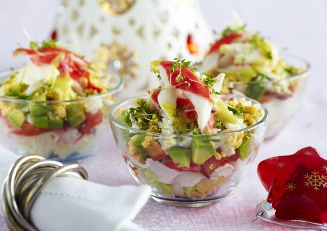 крабовый салат с консервированными ананасами