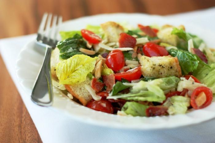 салата из крапивы по-азиатски