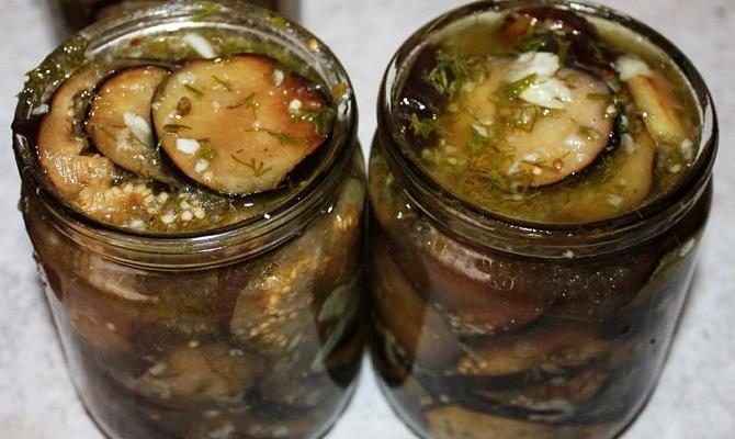 салат десятка из баклажанов