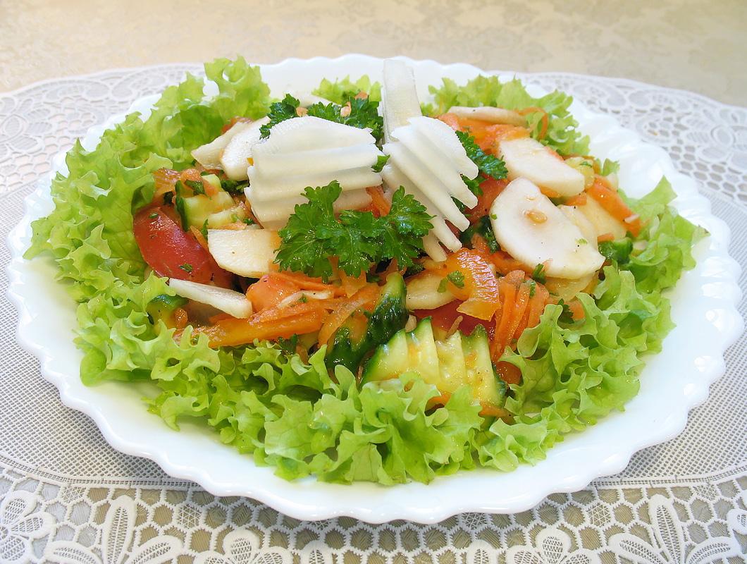 салат с грушей и топинамбуром